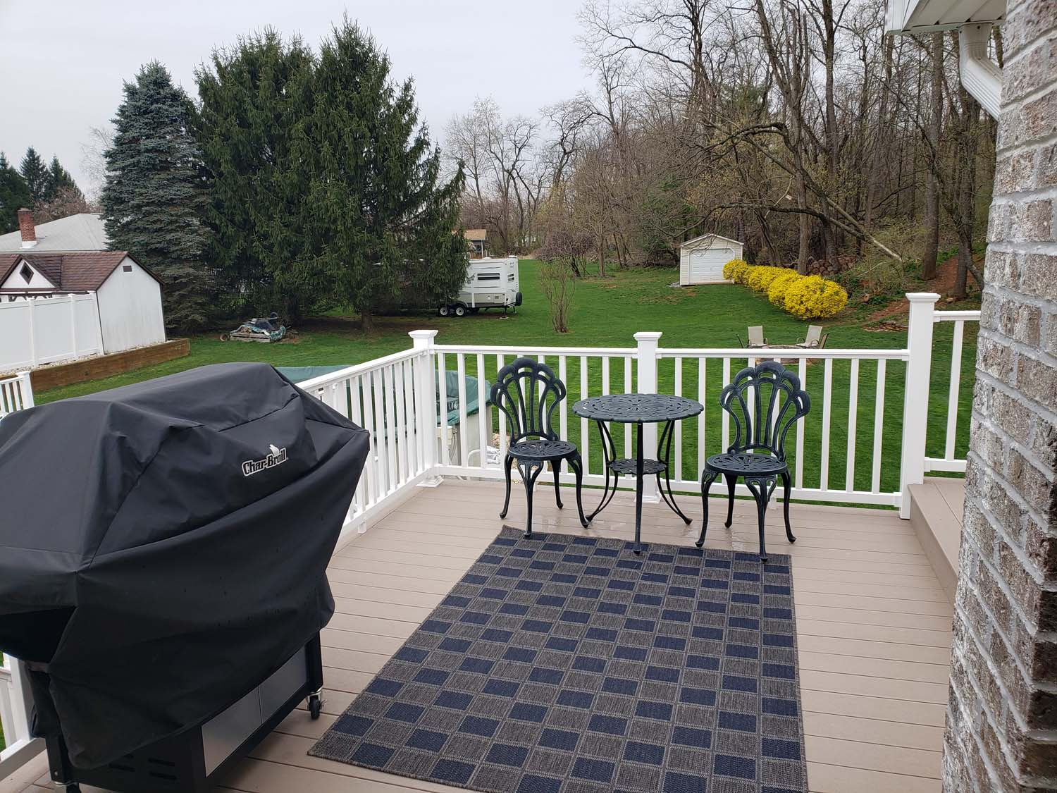 deck with grill & table